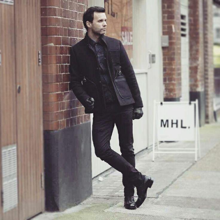 Folk coat levis denik jacket skinny jeans sanders boots. Casual elegance:)