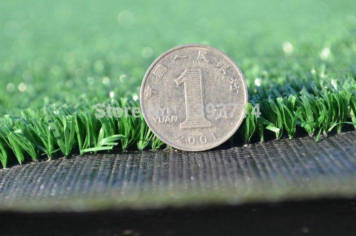 Guangzhou precio barato de color verde césped artificial para el jardín