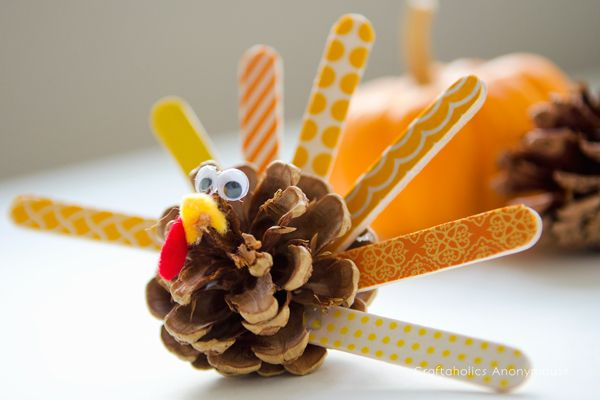Pine Cone Turkey with Washi Tape by @CraftaholicAnon #kids #crafts