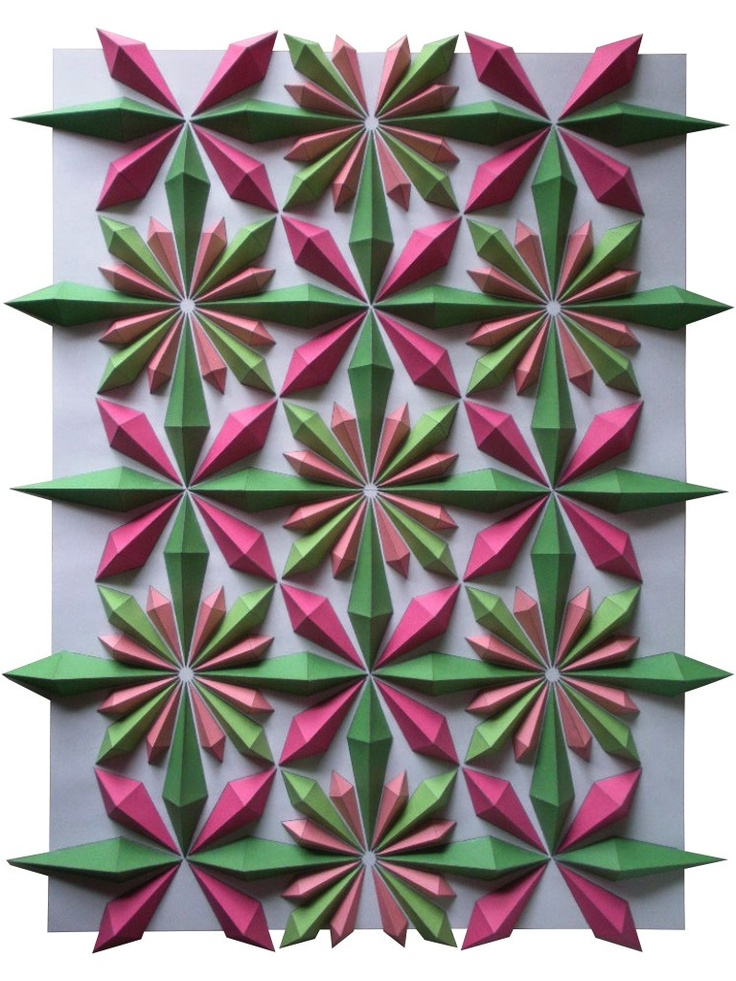 Seriously digging Kota Hiratsuka's origami mosaics (via colossal http://www.thisiscolossal.com/2012/12/origami-mosaics-by-kota-hiratsuka/?utm_source=feedburner_medium=feed_campaign=Feed%3A+colossal+%28Colossal%29_content=Google+Reader)