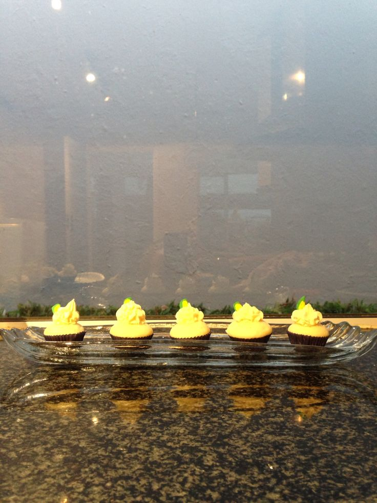 Mini lime cupcakes
