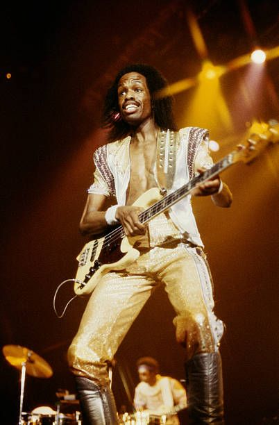 Earth Wind And Fire and VERDINE WHITE Performing Live At Wembley London
