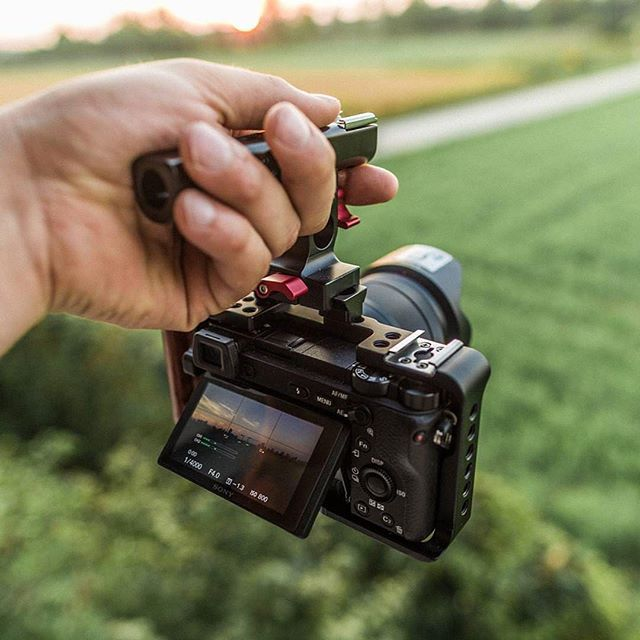 Sweet little Sony A6300 with came tv cage  #beautiful shot by @mat pain #zeiss #sonyalpha #sonya6300 #cameras