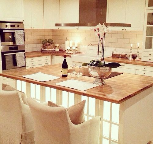 i can imagine me living in this kitchen