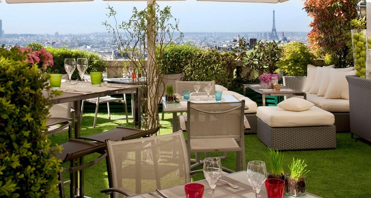 Gorgeous view from the 7th, the rooftop bar from Terrass Hotel **** at Montmartre, Paris
