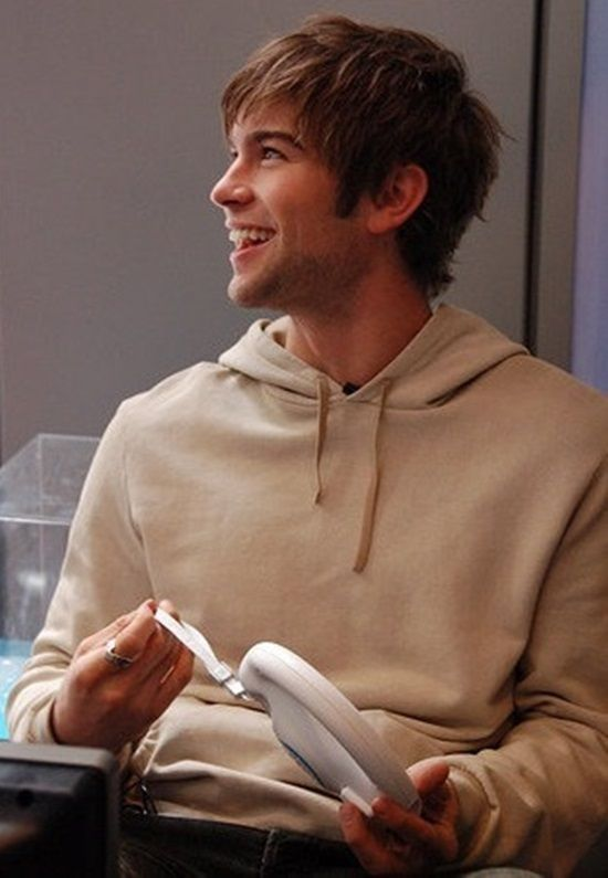 Chace Crawford.. arhh i just want to hug him and him to hold me and omgg be mine
