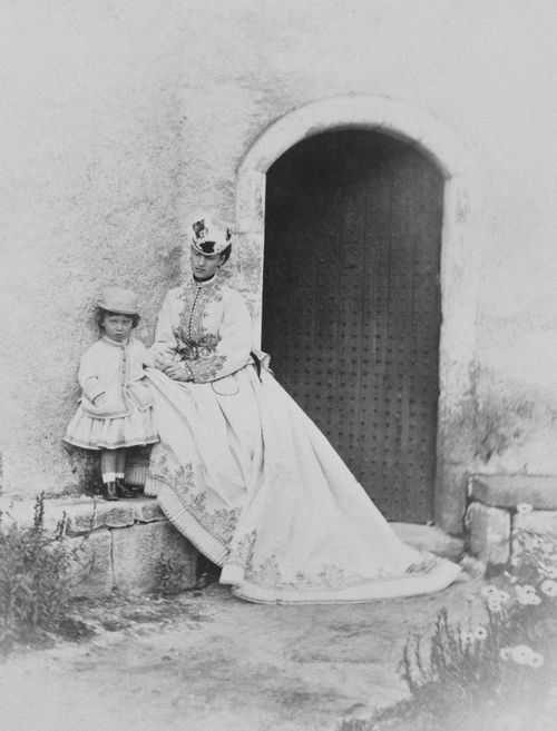 Alexandra, Princess of Wales with Prince Albert Victor, at Abergeldie Castle, 1866