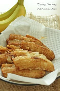 I love LOVE pisang goreng (fried bananas), and I am sure this is among Indonesian most favorite food. Pisang goreng is popular eaten as snack, breakfast item, or pretty much anytime of the day. It is more traditional to use pisang kepok, but regular banana (like the one in picture) …