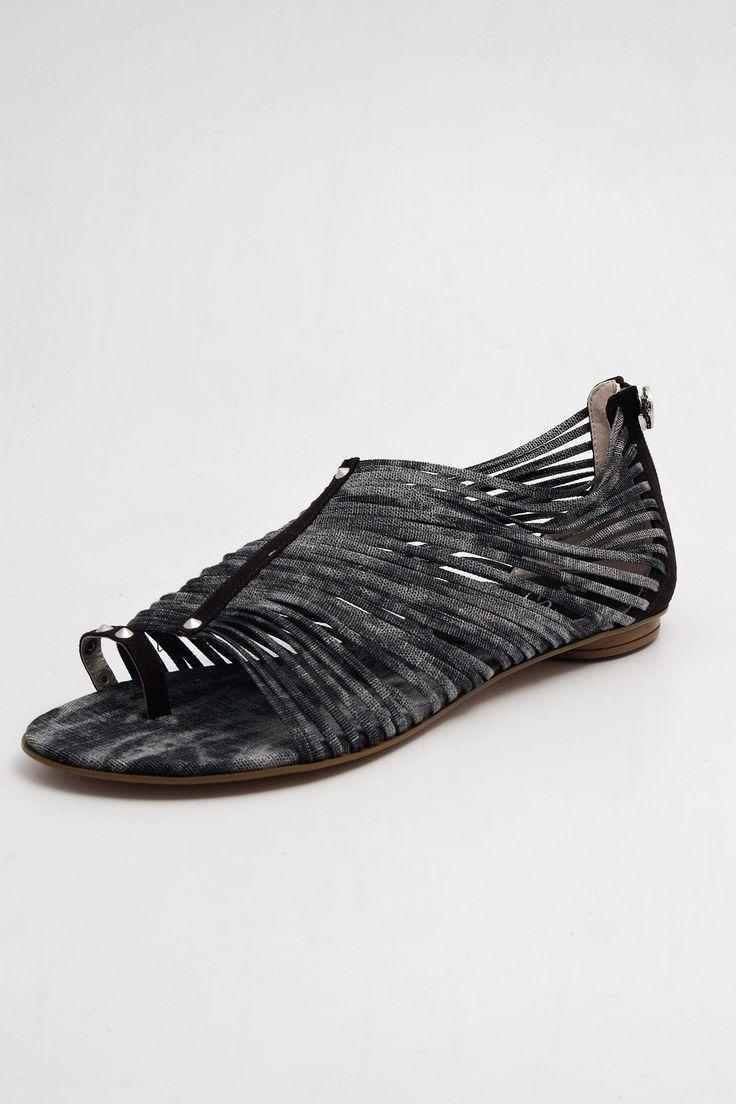 x Серо-черные сандалии Miss Sixty