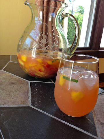 Raspberry Mango Sangria | Fun Drinks some are virgin some not so much ...