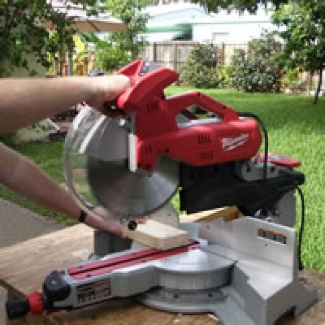 Milwaukee 6955-20 Sliding Dual Bevel Miter Saw Review: Milwaukee 6955-20 Sliding Miter Saw  BEST OF