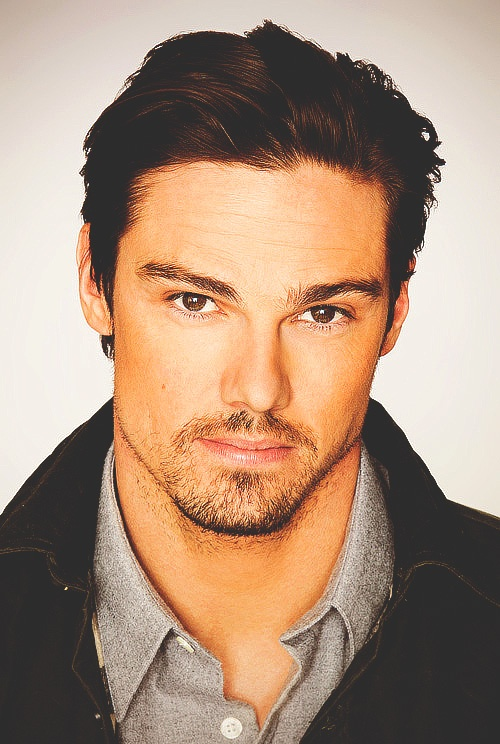 Jay Ryan @Allison Touchstone. You wanted one without the scar!