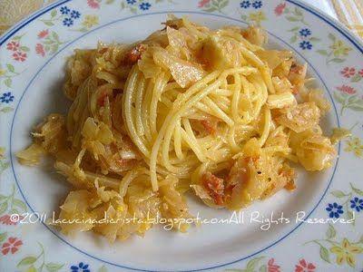 Spaghetti alla carbonara con cavolo capucio/verza - Carbonara (spaghete) cu varza - Spaghetti Carbonara with cabbage
