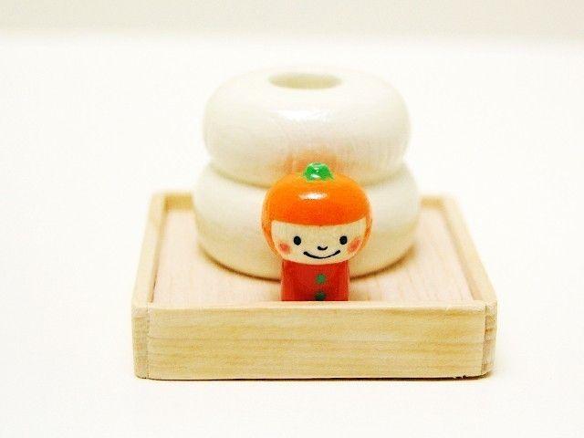 Shogatsu in Japan - round rice cake - Kokesi[2]