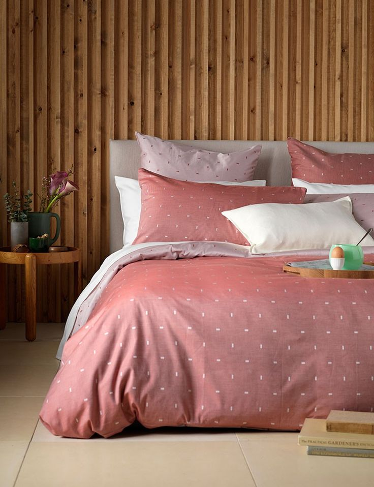 Secret Linen Store, Spring collection. Dashes Red, 100% cotton bedding set.
