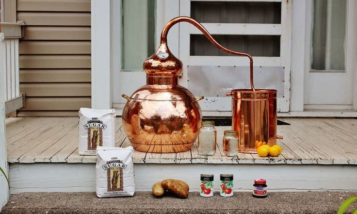 This isn't some boxed drink making kit your aunt would give you for the holidays. No, with a 10-gallon, onion-shaped copper still, this home moonshine kit is designed for the budding Popcorn …