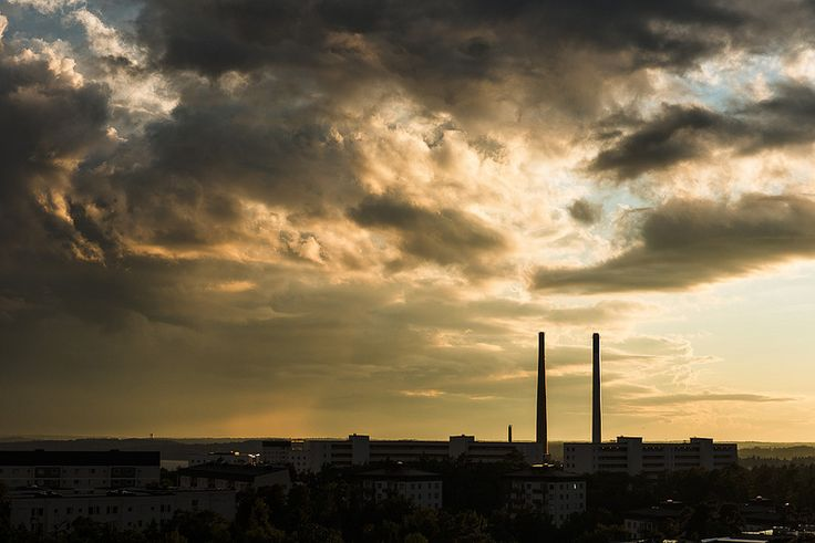 Värmeverket i Hässelby   by suburbanphoto