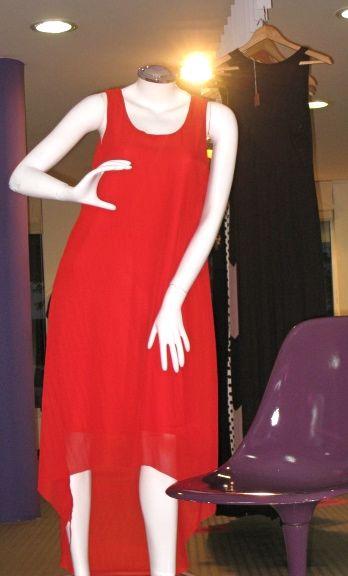 Vestido en Chifon rojo.