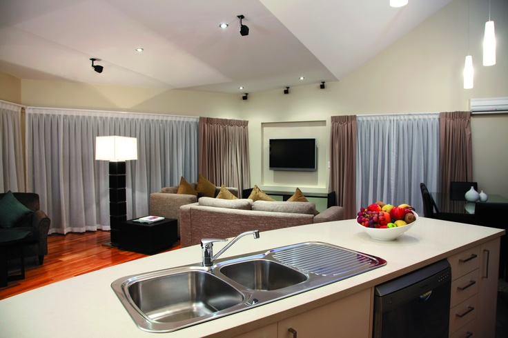 Wyndham Vacation Resorts Asia Pacific Seven Mile Beach - 3 bedroom Presidential Suite