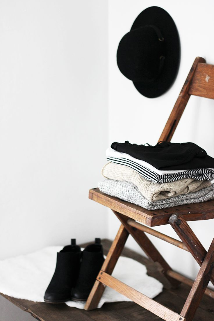 Minimalist Wardrobe: Closet Purge Tips (great list for how to create and maintain a minimal-er closet)