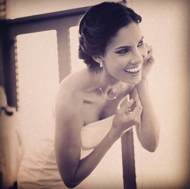 Daniela Ruah - Grandma wore these earrings on her wedding day so did my mom. Breathing in the happiness of 2 generations. Mommy thank you for being an integral part of this day (and every day). #photomiguelangelo