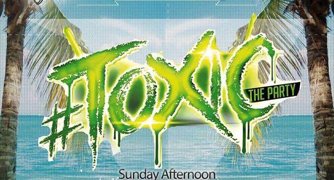 Στη πισίνα του Massroom poolside club summer θα γίνεται κάθε Κυριακή μεσημέρι το Toxic party  ( rnb & trap music )