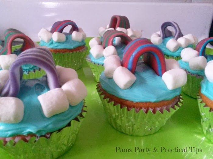 Pams Party & Practical Tips: LEGO Movie Cloud Cuckooland Cupcakes