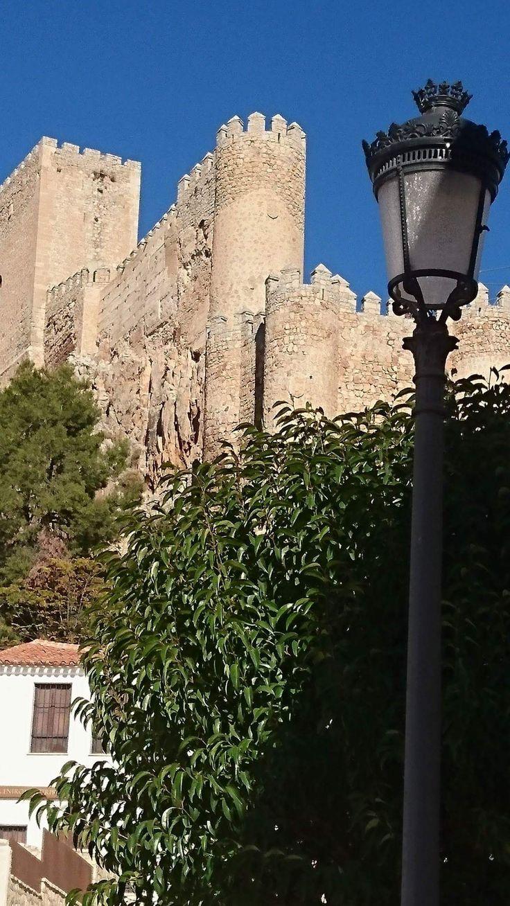 CASTLES OF SPAIN - Castillo de Almansa, Albacete. Construido en el siglo XII sobre una fortaleza almohade anterior. En 1707 el castillo fue partícipe durante la Guerra de Sucesión en la batalla de Almansa, entre las tropas del archiduque Carlos y las de Felipe V. En ella, fueron derrotados y capturados nueve mil soldados pro-austria venciendo el ejército pro-borbon, tras esta batalla se inclinó la guerra a favor de Felipe V y la dinastía Borbón en el Trono de España.