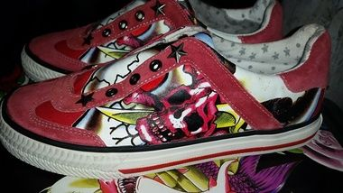 RED SKULL CANVAS UNISEX SHOES $A39.95 (WAS $A79.95) Size: 7 ONLY ONE PAIR LEFT http://www.barrioessencez.com.au/red-skull-canvas-shoe/