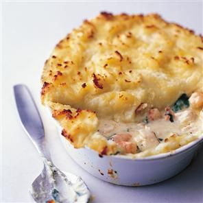 Fish pie recipe. A fish pie recipe that's got oodles of flavour. It's made with cod (or haddock fillet), tiger prawns and lots of cheesy mash.