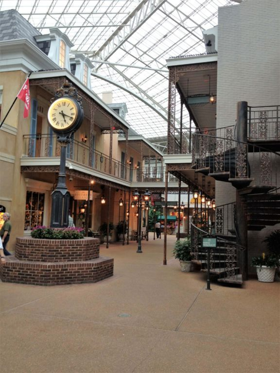 The Lord Opryland Hotel In Nashville