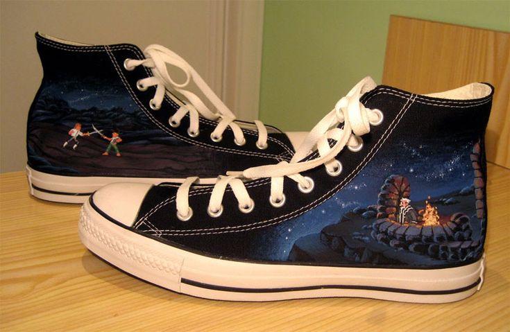 Monkey Island converse. Very cool.