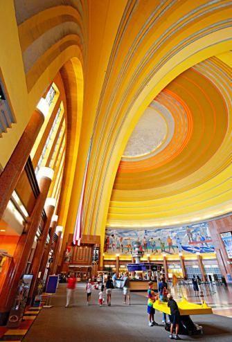 Two-day itinerary for Cincinnati: http://www.midwestliving.com/travel/ohio/cincinnati/cincinnati-two-day-itinerary