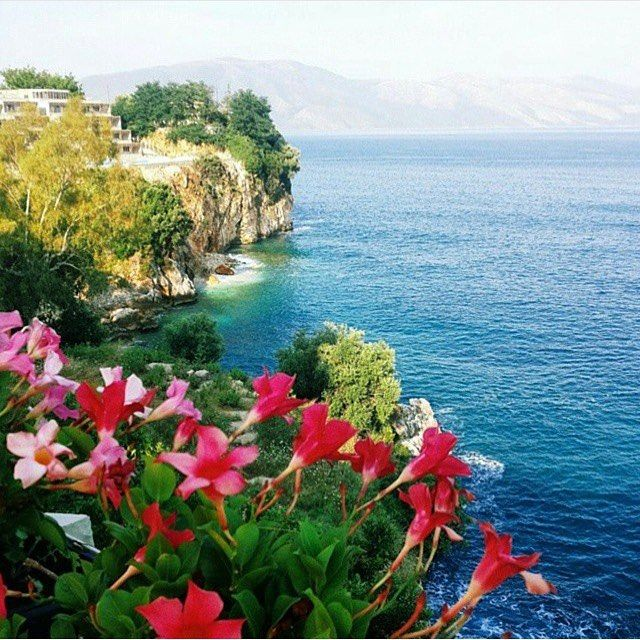 Love from Albania  #albania#lovefromalbania#albanianriviera#southalbania#shqiperiamadhe#illyria#beautiful#gorgeous#view#nature ✖️#facebook: InstagramAlbania Photo by: @feshku