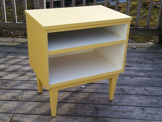 Mid Century Modern side table by Love & Vintage. Click now to see details! $60