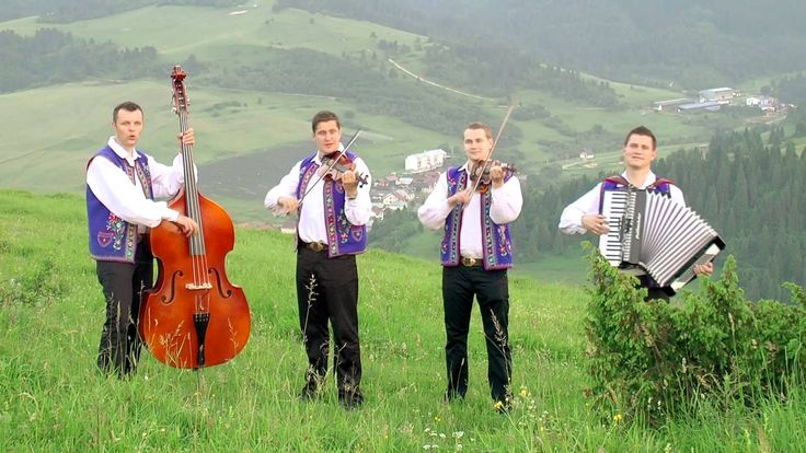 """Pesnička """"Dedinôčka"""" od Kollárovcov. Kollárovci: http://kollarovci.sk/ ______ Song """"Hamlet"""" by Kollárovci. Kollárovci: http://kollarovci.sk/"""