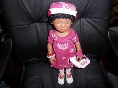 "Holly Terry 17"" Vinyl Doll White Balloon Intl. M Schulz (07/23/2011)"