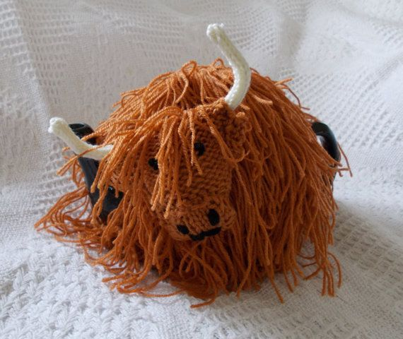 Flora the Highland Cow Tea Cosy is handknit and an by GoodStuffxxx