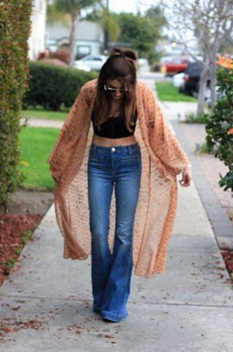 Kimono cardigans go great with cute crop tops!