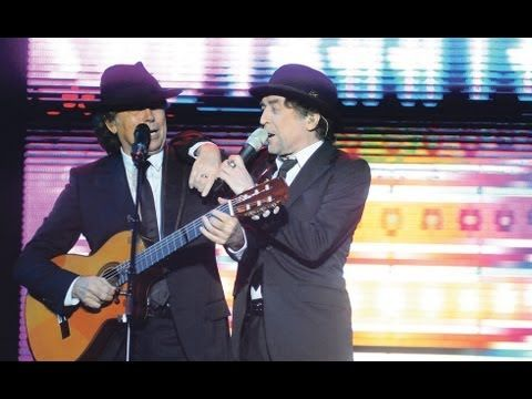 """Serrat y Sabina cantaron la """"Luna tucumana"""" y cautivaron al público"""