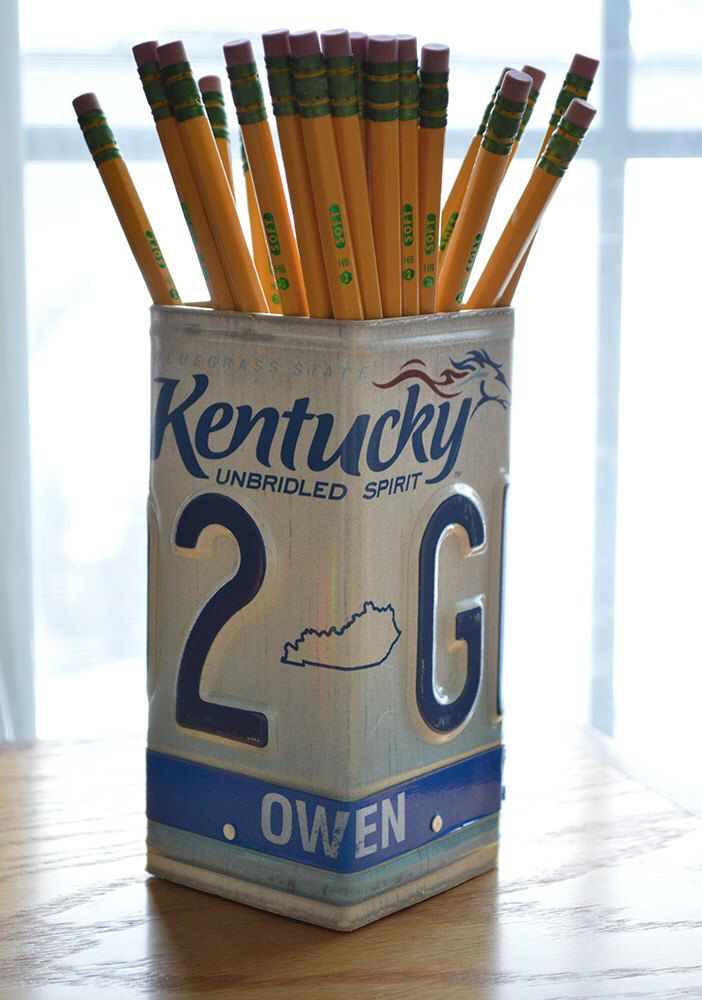 Kentucky License Plate Pencil Holder - Pencil Cup - Desk Accessories - Office Decor - Pen Cup - Pen Holder - New Job Gift - Unique Pen Cup by byDadandDaughter on Etsy https://www.etsy.com/listing/220745313/kentucky-license-plate-pencil-holder