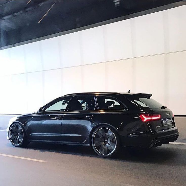 Is there a better looking performance 'station wagon' out there Singapore  life  Audi RS6 Avant - 8 cylinders   @jloe_fotoworks  ---- oooo #audidriven - what else ---- . . . . #Audi #RS6 #AudiRS6 #RS6Avant #quattro #4rings #carporn #drivenbyvorsprung #Audicolor #carsbyaudisport #audisport #rs6performance #singapore #audisingapore