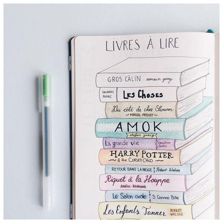Ma pile à lire de l'été Plus que 2 livres à lire. Et vous, que lisez-vous en ce moment? • My summer reading list Still 2 books to go. And you, what are you reading at the moment? . . . #bulletjournal
