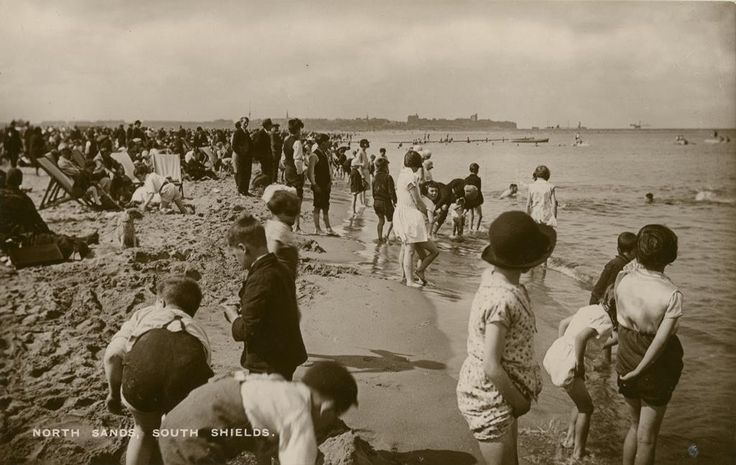Postcard of Sandhaven beach, South Shields, in the 1930s. From the collection of South Shields Museum.