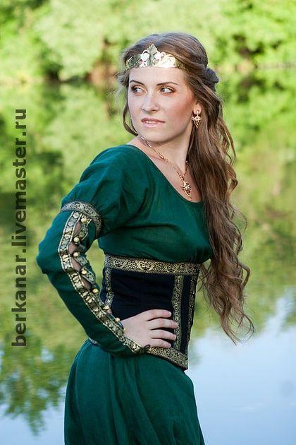 """Средневековое платье """"Лесная принцесса"""""""