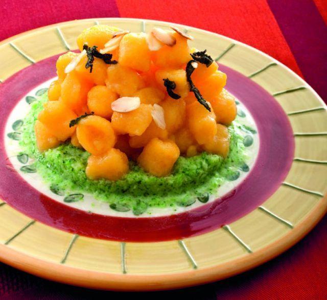 Gnocchetti di zucca in crema di broccoletti. Ricetta di Giuseppe Capano. Tratta dalla rivista Cucina Naturale.
