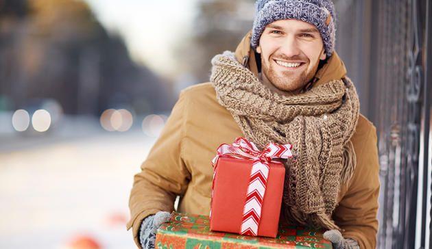 Sie suchen ein Geschenk für Kumpel, Bruder, Vater oder Ihren Partner? Das wollen Männer wirklich zu Weihnachten geschenkt bekommen