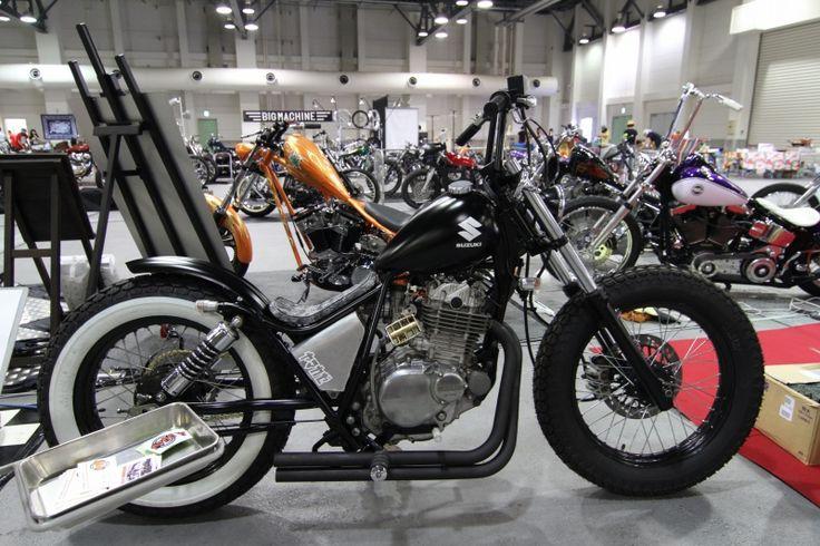 intruder 125 bobber motos modelos pinterest bobbers. Black Bedroom Furniture Sets. Home Design Ideas