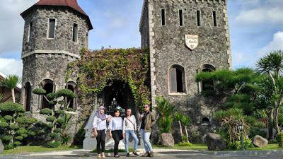 Wisata Religi Kristen Katholik Jogjakarta Yogyakarta & Jawa Tengah: RESTO KASTIL MANG ENGKING MAKAN ALA KERAJAAN KUNO ...