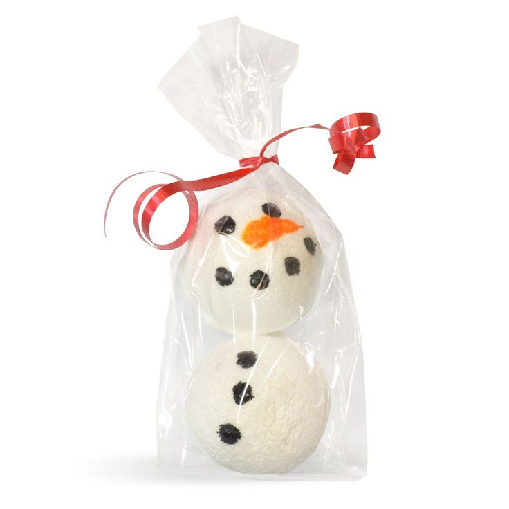 DIY Snowman Bath Fizzy Kit: so fun for the kids the give out for the holidays! #handmade #bathbombs
